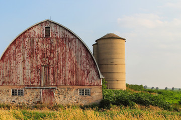 Arch Roofed Barn