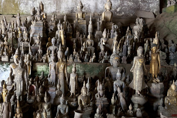 Pak Ou Caves - Hundreds of small buddha figures inside the cave