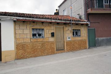 Wall Mural - Casa típica de Gargantilla, Cáceres, España