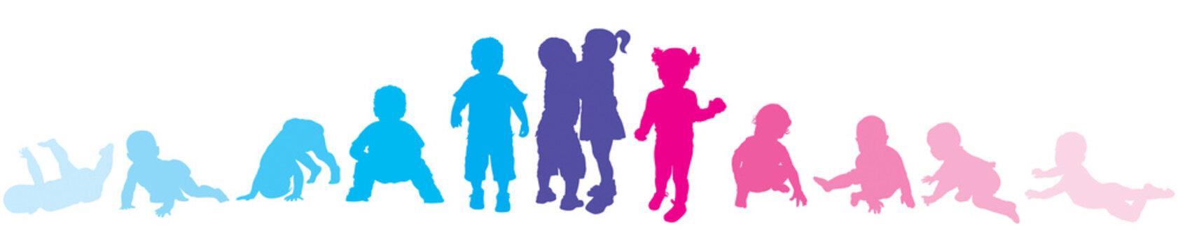 Garçons et filles : étapes de la marche