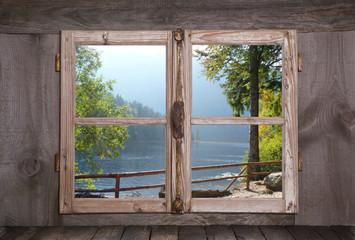 Herbstliche Landschaft - Bäume am See - Holz Fenster