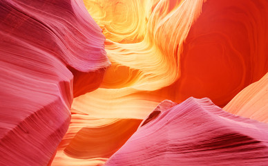 In de dag Rood traf. Lower Antelope Canyon