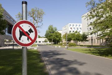 Hunde verboten in der Stadt