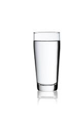 Glas Wasser freisteller