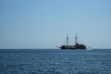 The ship on the horizon