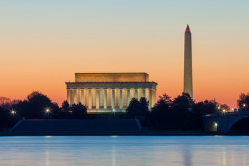 Fototapete - Washington DC skyline at sunrise