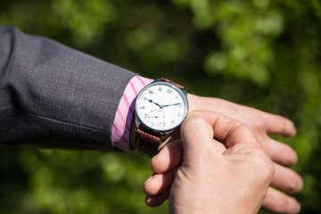 Fototapete - Man business modern in wristwatch
