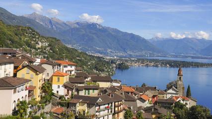 Ronco sopra Ascona, Ronco, Dorf, Herbst, Tessin, Schweiz