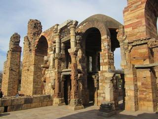 Ruins at Kutub complex, Delhi