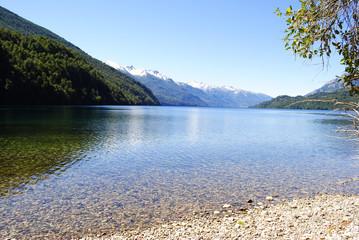 Día de sol en el Lago Rivadavia, Chubut, Patagonia