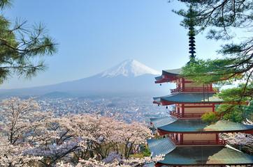 Fotobehang Blauwe hemel Chureito Pagoda and Fuji in Japan