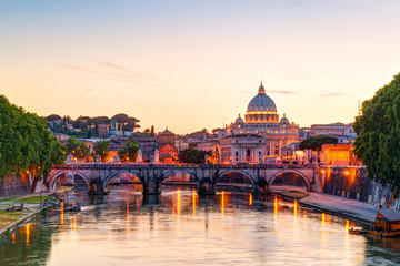 Printed kitchen splashbacks Rome Night view at St. Peter's cathedral in Rome