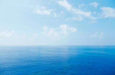 Photo sur Toile Mer / Ocean 沖縄の青空と海