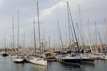 Стоянка яхт в Барселоне