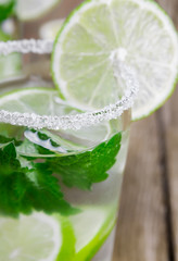 Fototapete - Drink of lime and mint