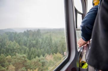 Offene Tür Hubschrauber Cockpit Rettungshubschrauber
