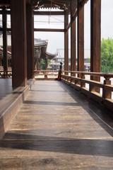 西本願寺  御影堂の縁側