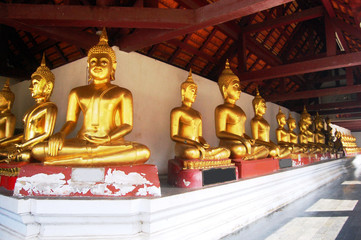Wat Phra Sri Rattana Mahatat Woramahawihan