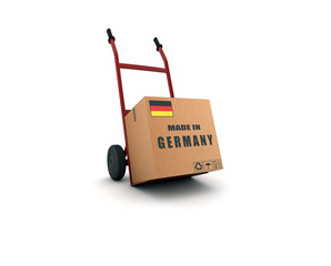 made in germany - scatolone su carrello