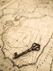 古地図と鍵
