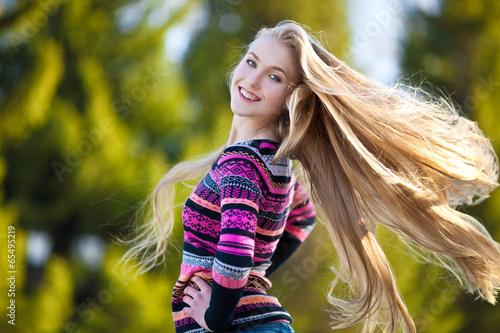Блондинки на природе #9