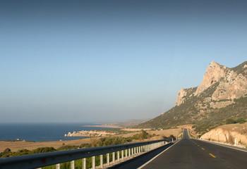 Ein Coastal Highway in Zypern - Nordküste der Türkei