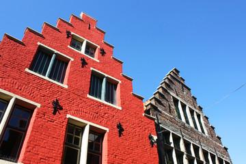 Photos illustrations et vid os de pas de moineau for Architecture flamande