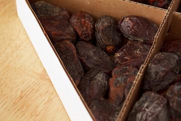 Smoked date palm fruits