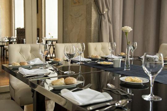 Réception : table dressée