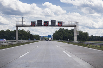 Traffic information system - speed limit