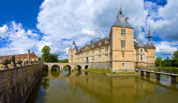 Château de Sully, Bourgogne, Saône et Loire