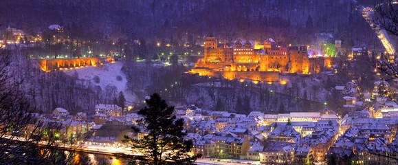 Fotomurales - Heidelberger Schloss im Winter