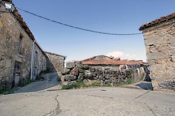 Wall Mural - Paisaje urbano, La Garganta de Baños, Valle del Ambrioz,  España