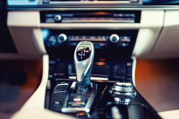 automatic gear shifter in a new, modern car
