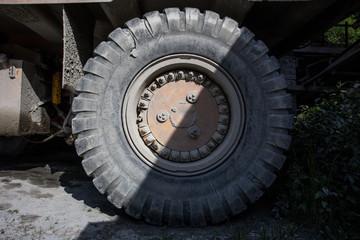 big wheel excavator tire