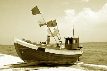 Łódź kuter rybak ryba