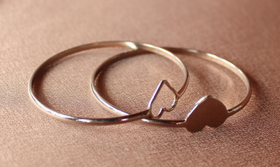 two ring shaped heart