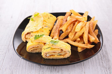 omelet and french fries