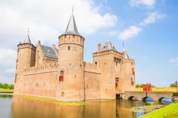 Photo sur Aluminium Chateau Medieval castle, Muiderslot, Muiden, The Netherlands