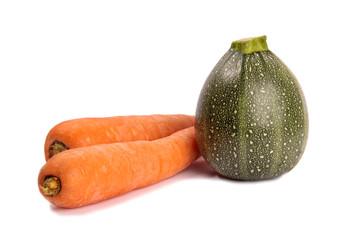 zwei Karotten und eine Rondini