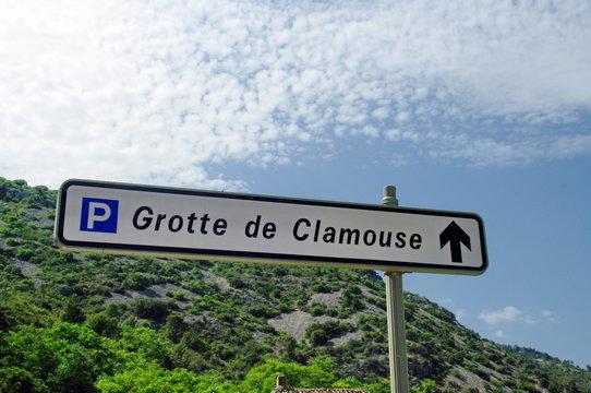 grotte de clamouse-parking