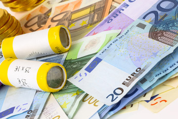 Euro notes and roll coins