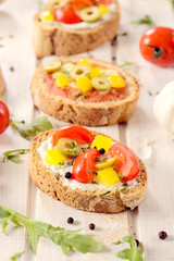 Bruschettas sandwiches