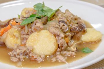 Stir-fried tofu with Minced pork fried , shiitake and carrot