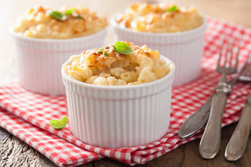 baked macaroni with cheese