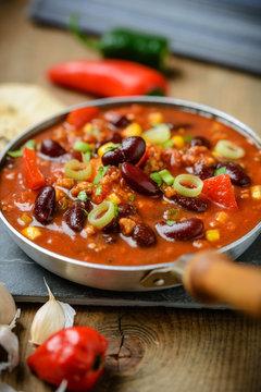 Pfanne mit Chili sin Carne (Vegan)