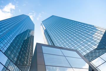 modernes Bürogebäude - Hochhaus in Frankfurt