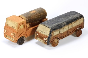 Holzauto01