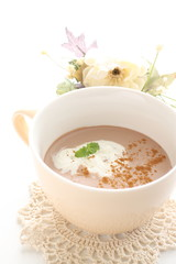 hot chocolate with mint and fresh cream