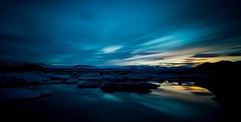 Jökulsárlón - Bucht mit Eisbergen